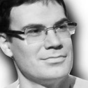 Гледенов Роберт(Директор по развитию компании SALENAMES)