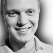 Андрющенко Анатолий(Руководитель группы по работе с клиентами интернет-агентства Registratura.ru)