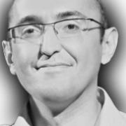 Карапетян Гай(Директор по маркетингу Реалксенон.ру)