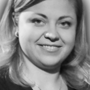 Удовенко Лина(PR-директор компании Yota)