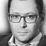 Оганов Александр(Генеральный директор компании UNIWEB)